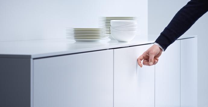 Knock to open vaatwasser | Slimme keukenapparatuur